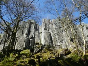 Höhenrettung an Felswand